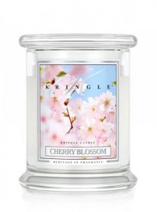 Świeca Kringle Candle Cherry Blossom, średni słoik (454g)